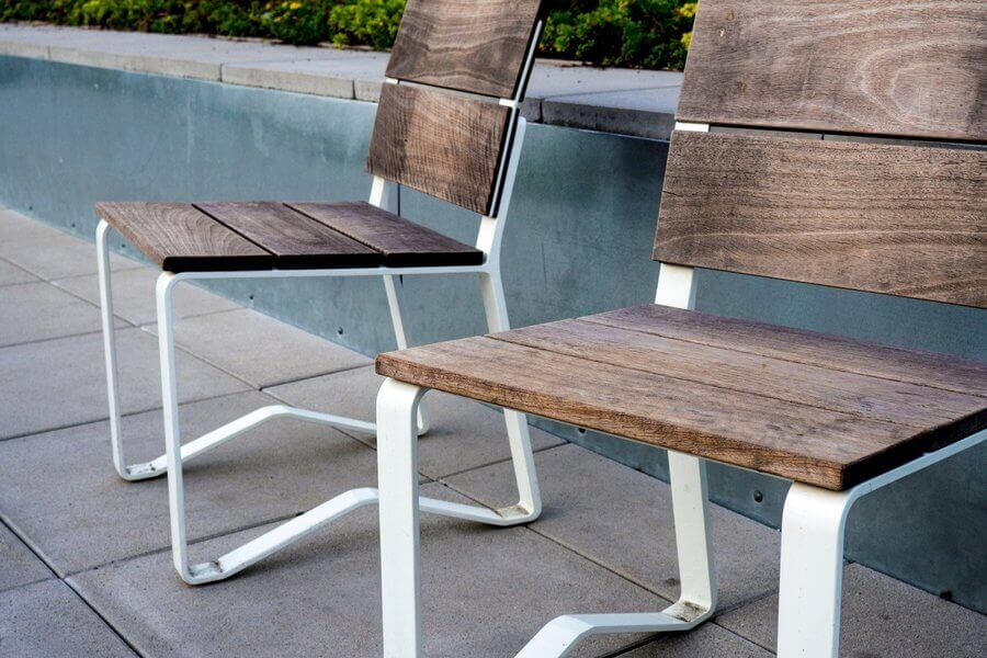 Outdoor tile with chair